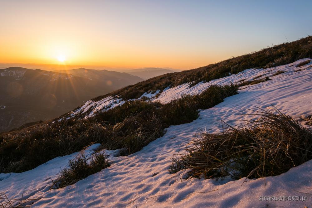 wschód słońca tarnica , bieszczady