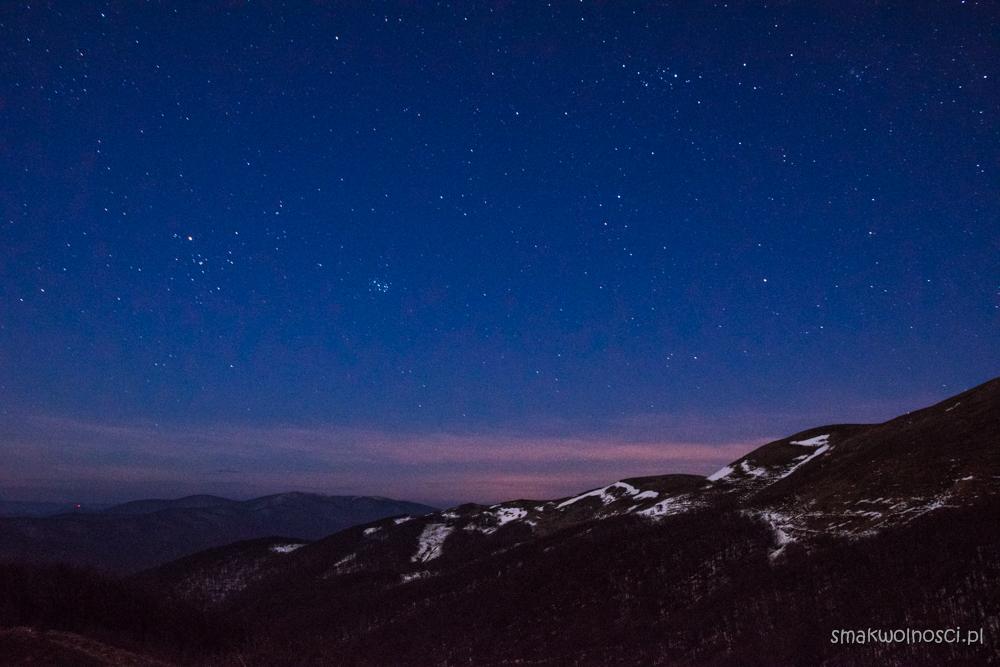 nocne niebo bieszczady