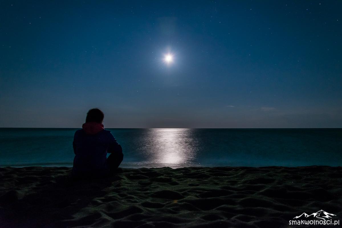księżyc nad morzem
