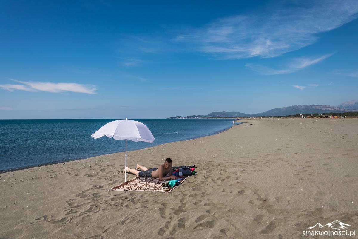 piaszczysta plaża czarnogóra